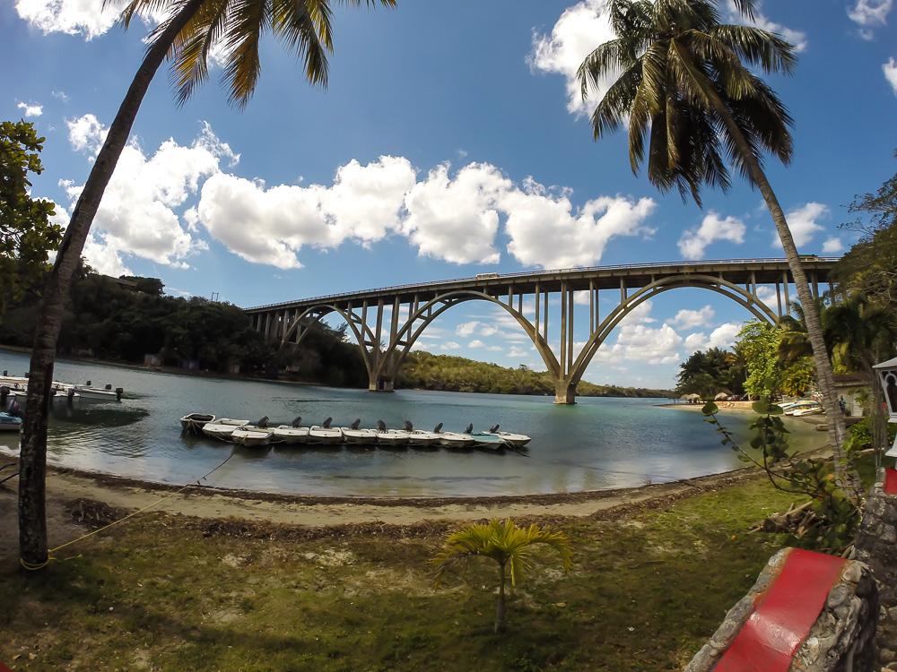 Мост Бакунаягуа